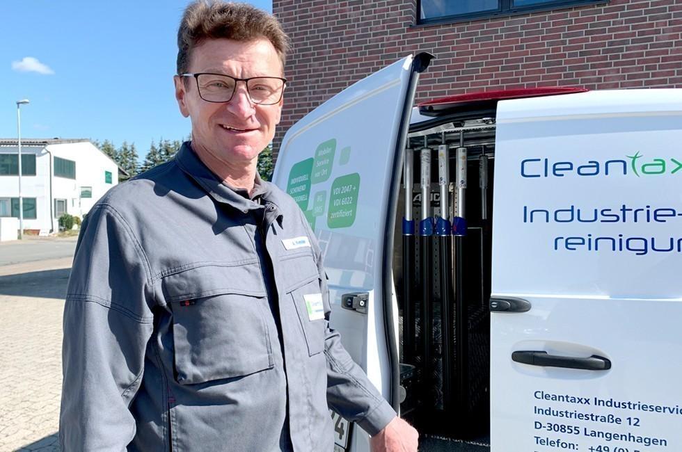 Alexander Kessler   Servicetechniker Industriereinigung